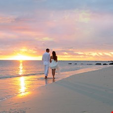 Mauritius Luxury Honeymoon Resorts